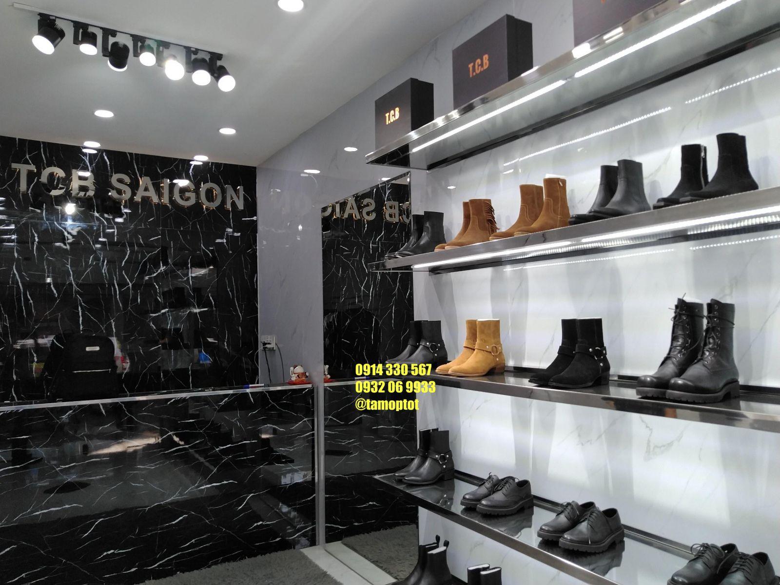 Tấm pvc vân đá trang trí shop giày